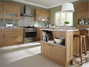 Seton Oak Contemporary Kitchen